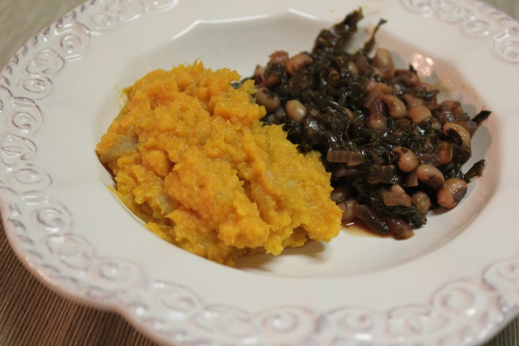 Ginger Mashed Sweet Potatoes with Hottie Black-Eyed Peas